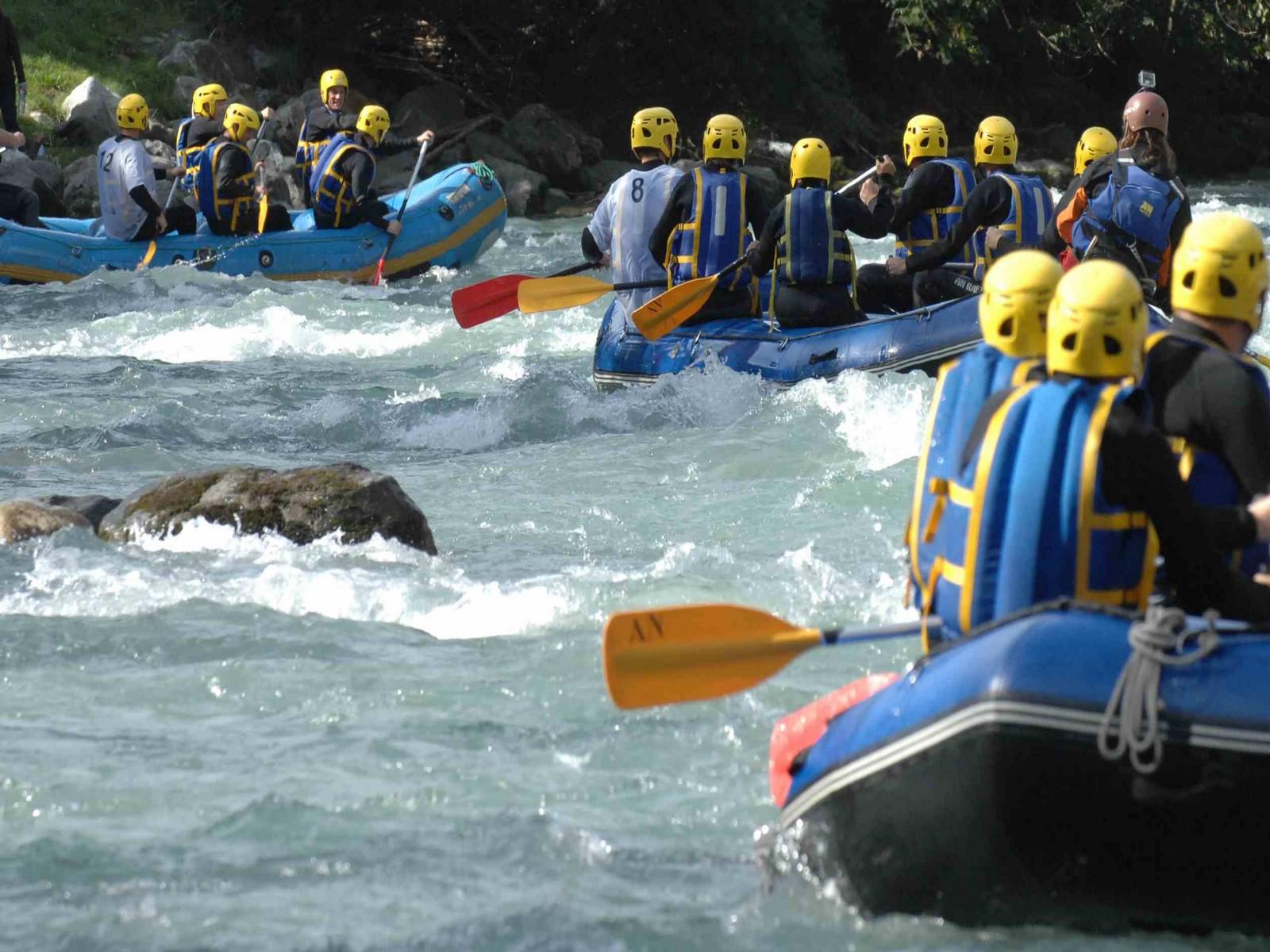 Activité incentive rafting séminaire à la montagne été