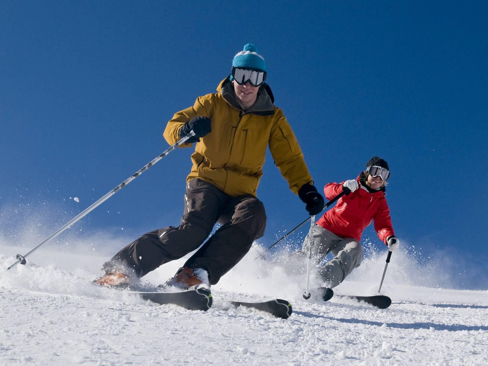 duo de skieurs durant séminaire ski en savoie